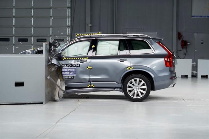 2016 XC90 IIHS Small Overlap Crash Test